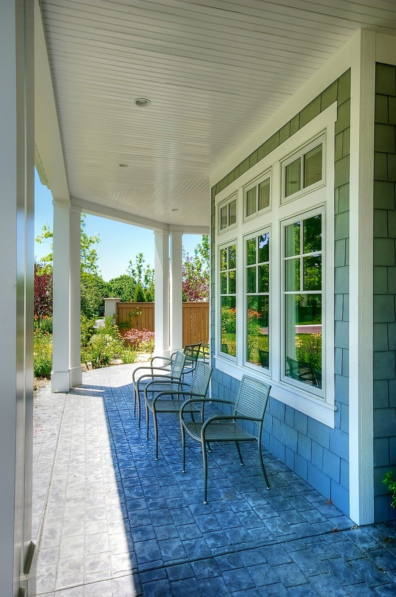 Cape Home Front Porch Design