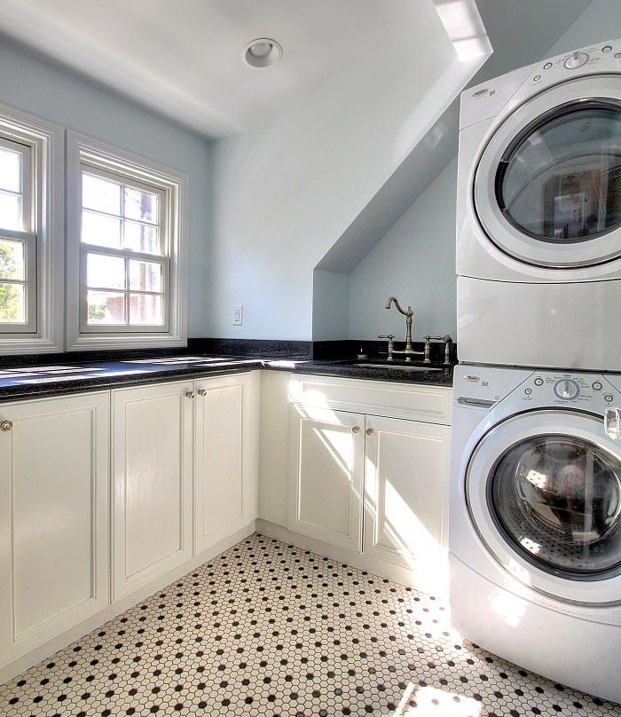 Laundry Mudroom Renovation After