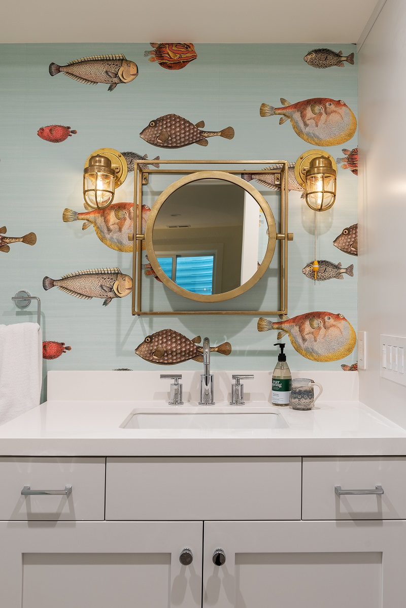 Fun wallpaper in your bathroom | Renovation Design Group