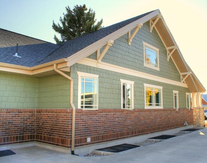 Side Exterior Bungalow Home   Renovation Design Group
