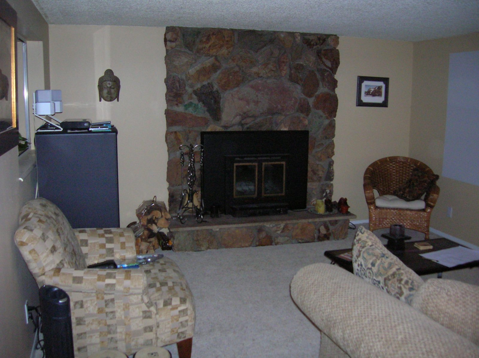 Before Living Room | Renovation Design Group