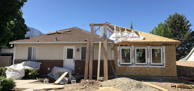 Canyon View Drive: Framing the Roof