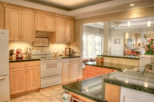 Kitchen tradiitonal   Renovation Design Group