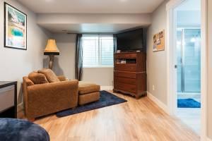 Basement bedroom in bungalow home complete