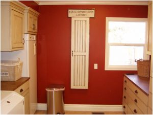 Country Home Dedsign And Style Mudroom and Laundry Room | Renovation Design Group