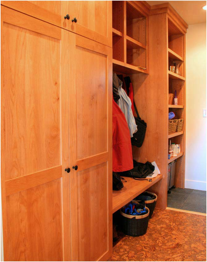 Cottage Mudroom | Renovation Design Group